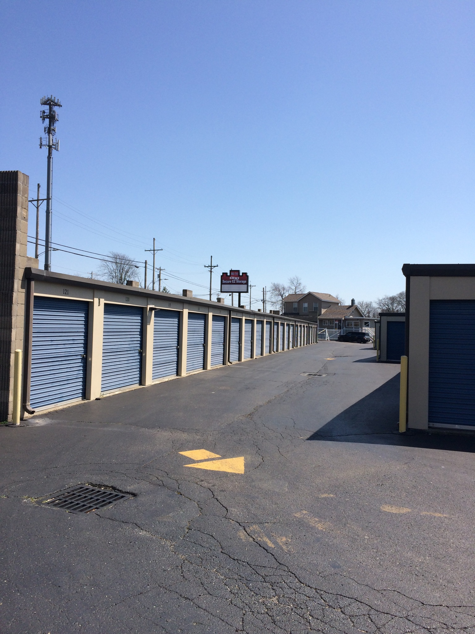 Storage Units in Hamilton OH & Self Storage in Hamilton OH 45011 | Secure EZ Storage