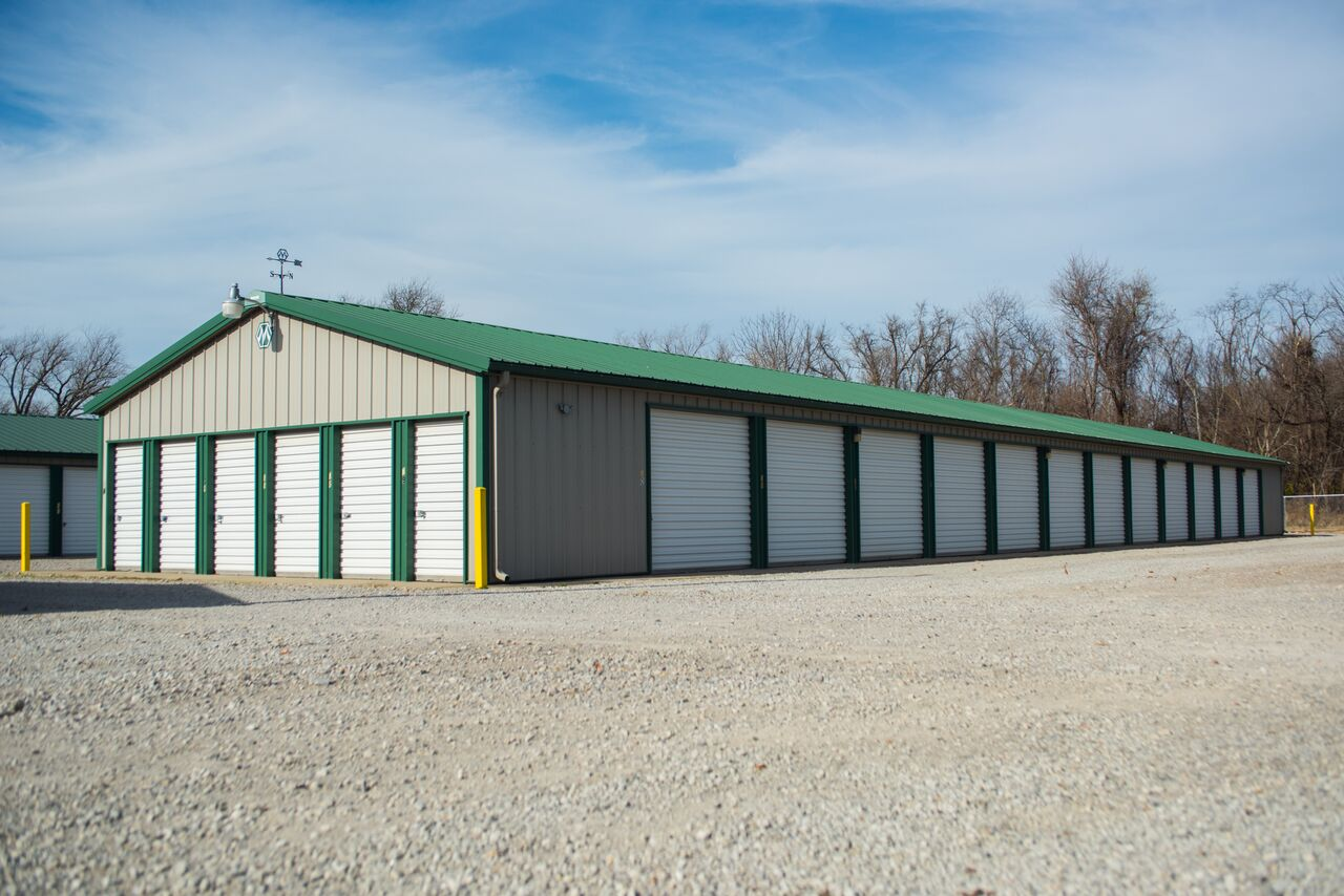 Self Storage Units in Frontenac