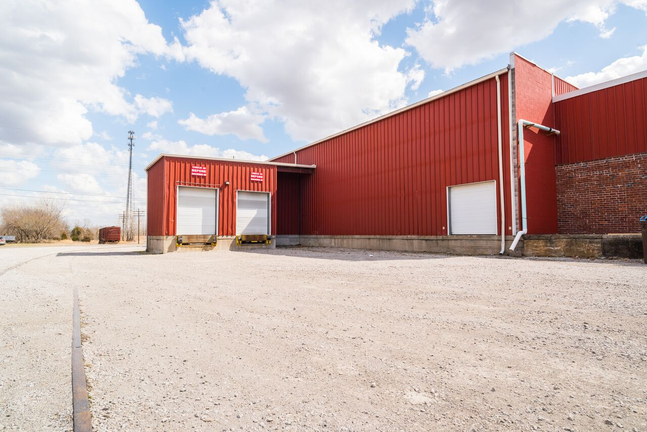 Warehousing available in Pittsburg, KS