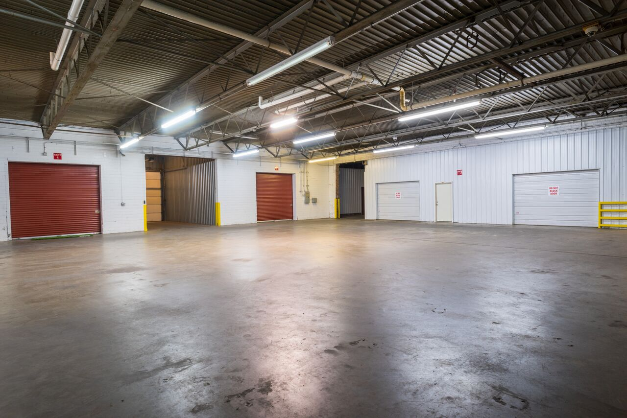 Garage and Warehouse Space